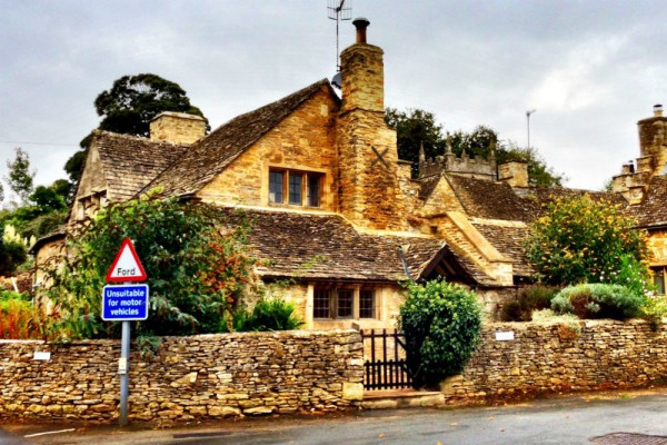 Jonathans-old-House-Upper-Slaughter-Cotswolds-1000x667