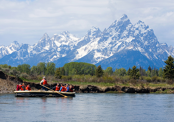 rafting on the Snake River in the Grand Teton National Park. Image shot 2007. Exact date unknown.