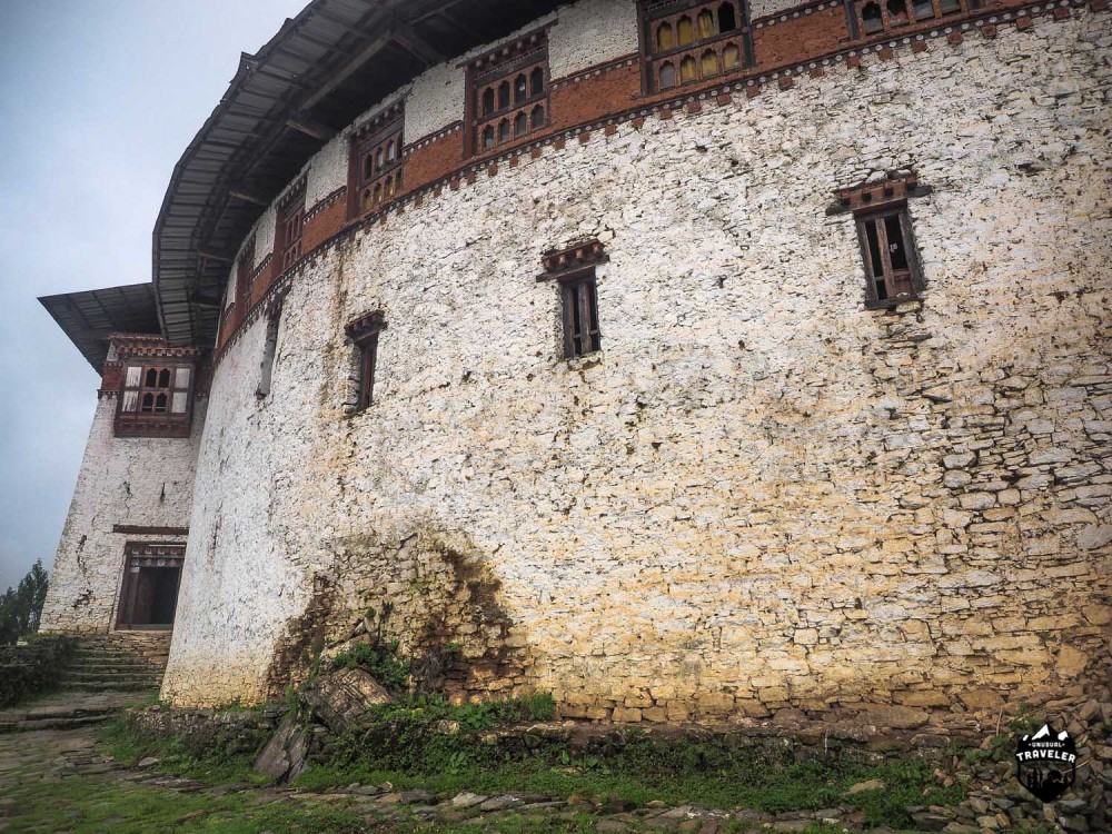 Can clearly see that the main wall is round on this Dzong.