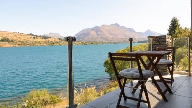 Take in Queenstown's landscape at a studio on the lake.